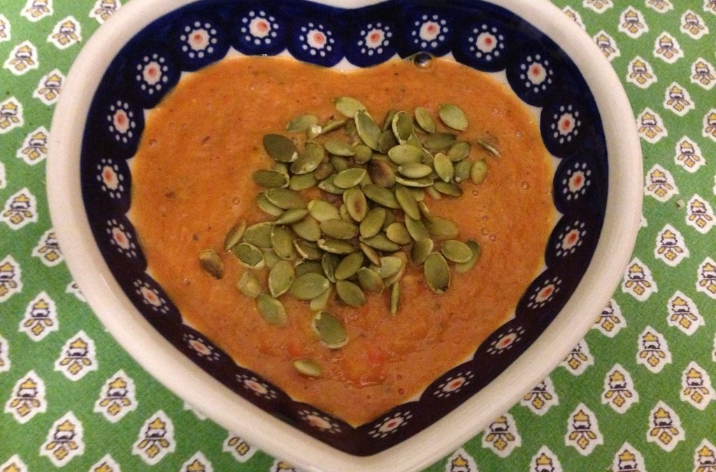 Creamy Roasted Bell Pepper and Tomato Soup